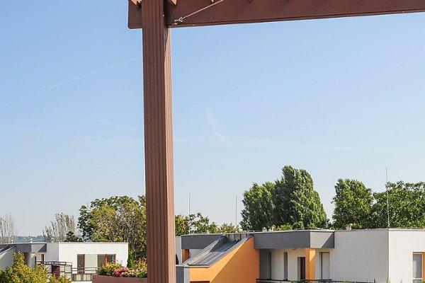 WPC Pergola mit Panorama